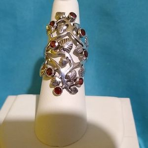 Sterling Silver Leafy Vines and Garnet Ring